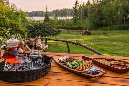 Private Luxury Camping on Lake :) - 메이플리지(Maple Ridge) - 캠핑카
