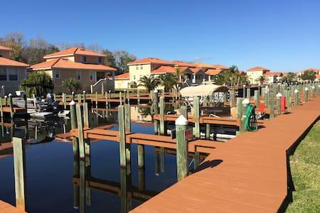 Great 4 BR Villa at TradeWinds Marina (109) - Homosassa