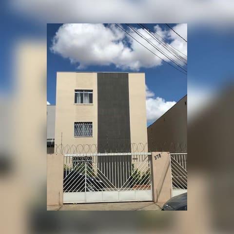 Apartamento Inteiro BairroSão José com comodidade
