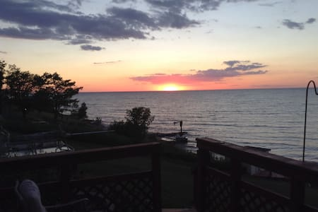 Sunsetcove 3 Lake Erie beach house - Geneva - Casa