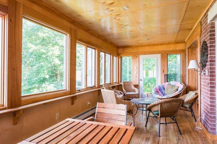 Hudson River Room in Hudson River Home - Coxsackie - บ้าน