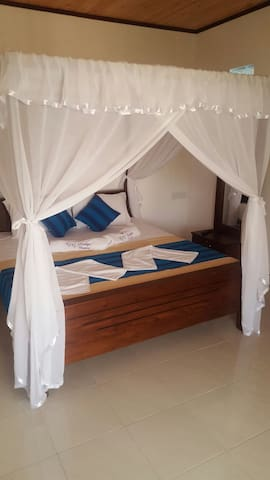 gg lodge double room 2 - Mirissa - Lejlighed