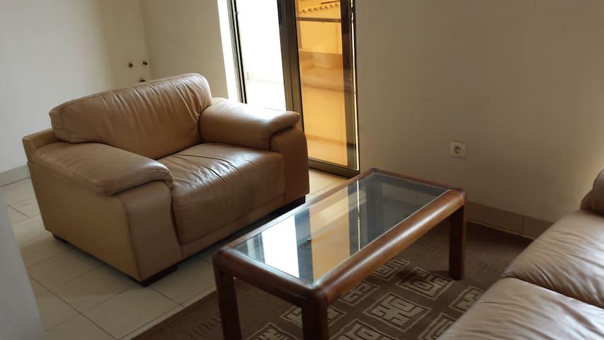 Clean, cosy and private - Lome - Villa