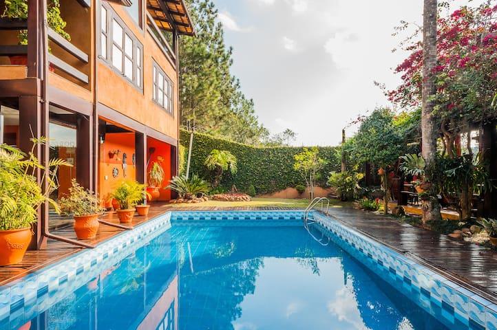 Awesome Camphouse - Casa de Campo