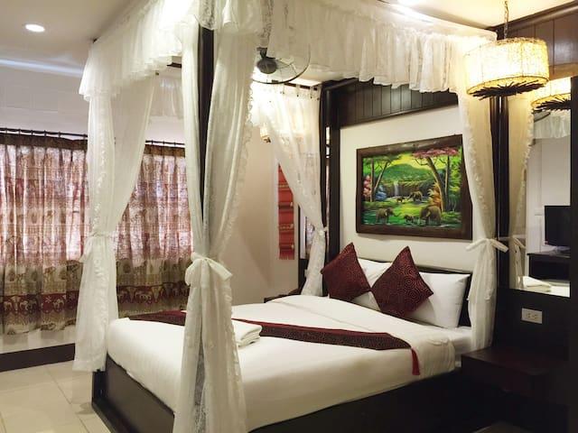 Suite Room - Phra Sing - Apartamento