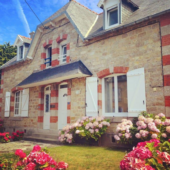 house/maison - extérieur/façade