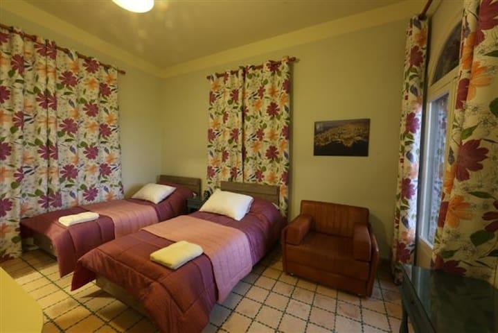 Beit Wadi(URL HIDDEN)Room n5 - Ghazir - 別荘