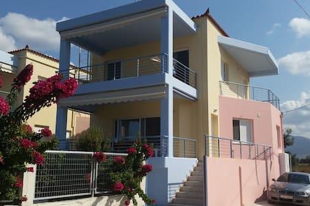 ΜΕΖΟΝΈΤΑ 115 Μ2 ΙΡΙΑ ΑΡΓΟΛΙΔΑΣ  - Ίρια - Maison