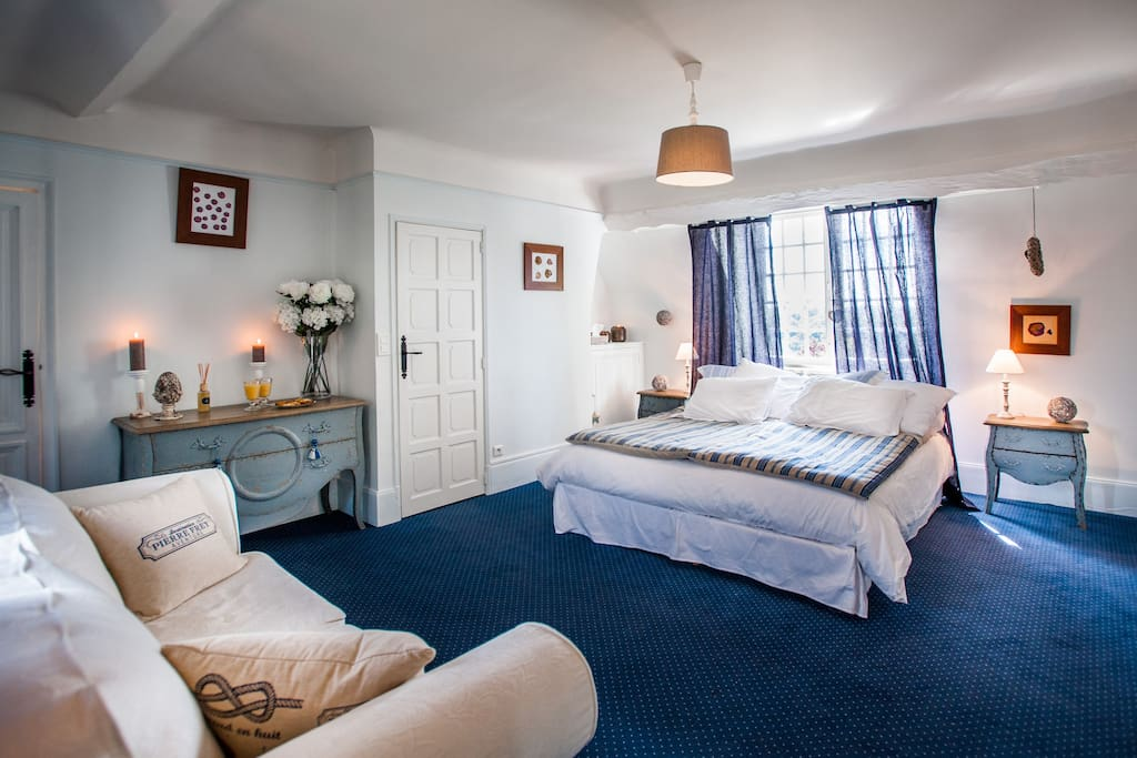 La chambre bleue chambre d 39 h te guesthouse for rent in for Chambre haute france