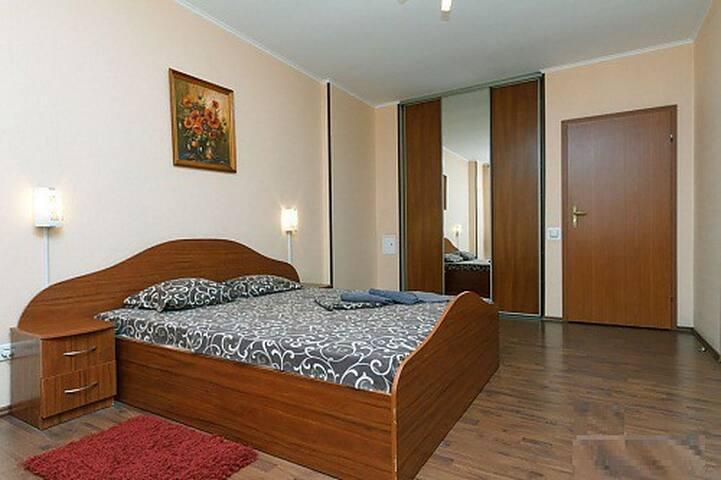 Apartment near metro Levoberezhnaya