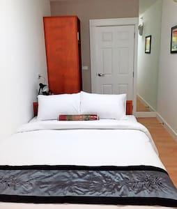 Room 209 @ Chiang Rai Condotel - Queen Bed - Mueang Chiang Rai