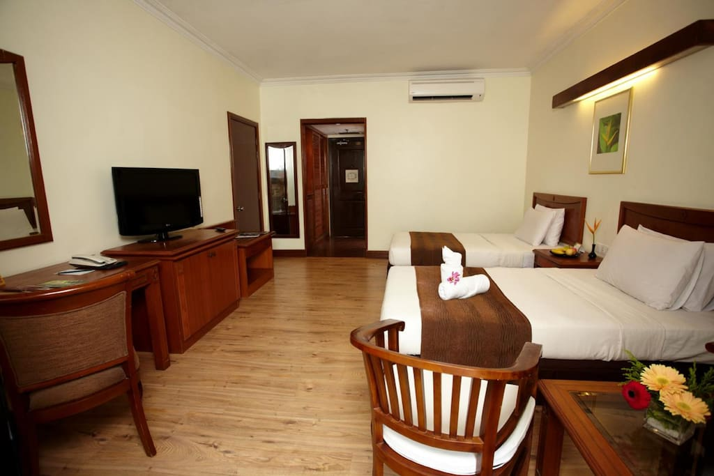 Heliconia Twin Room