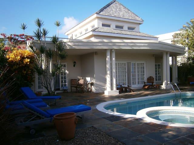 St Lucia - 3 Bedroom Villa - Cas en Bas Beach