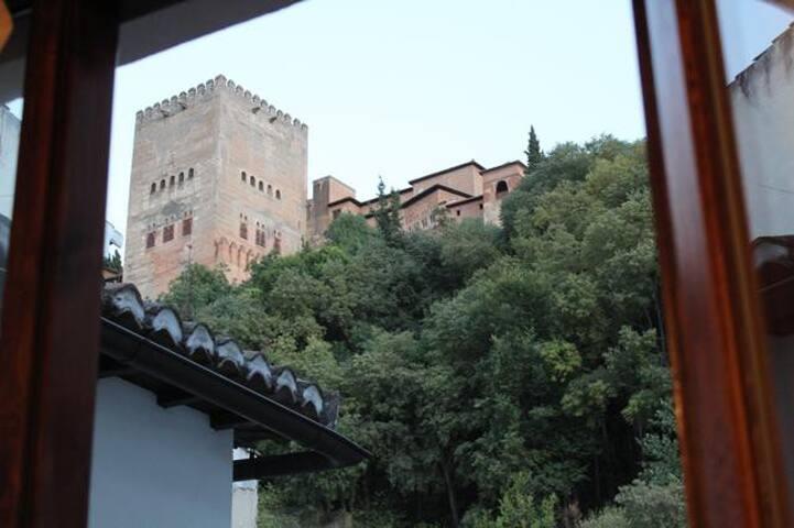 Alhambra terrace 2bedroom Apartment - Granada - Leilighet