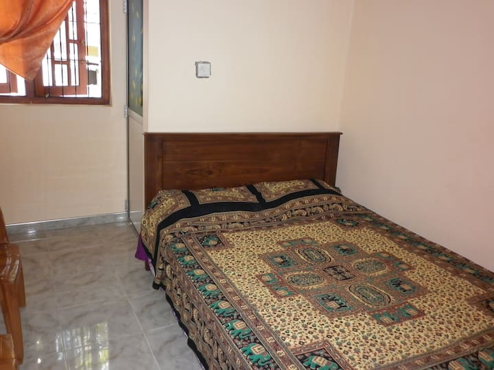 Seetha's Hostel Double Room 2 - Std