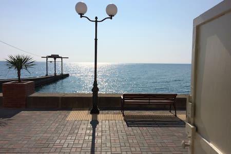 Эллинг на берегу моря - Адлер - Loft