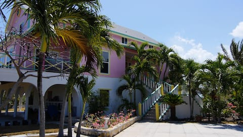 Las Breezes 5 Bedroom Villa