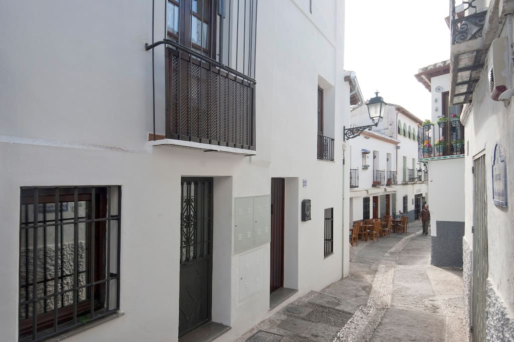 Casa en pleno albaycin con wifi parking gratis adosados en alquiler en granada andaluc a - Casas en alquiler granada ...