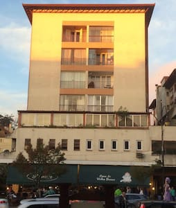 Apartamento na RUA COBERTA!! - Gramado
