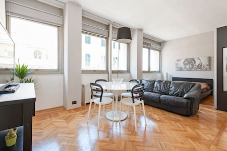 Luxury apartment in heart of Rome