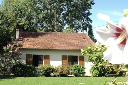 Maison de charme Les Bruyères - Montbron