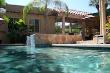 Resfreshing private Salt Water pool and spa.