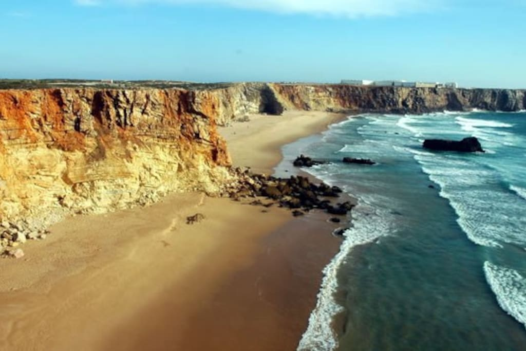 Praia do Tonel, one of the many beautiful beaches in Sagres. Just 5 min walking /1 min car distance from Sagres Design House
