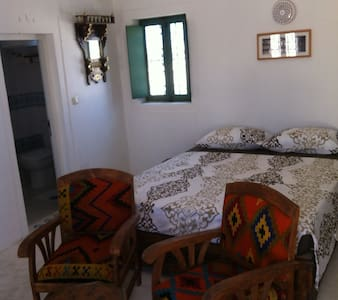 Dar Babel : Studio Adonis - Erriadh - Bed & Breakfast