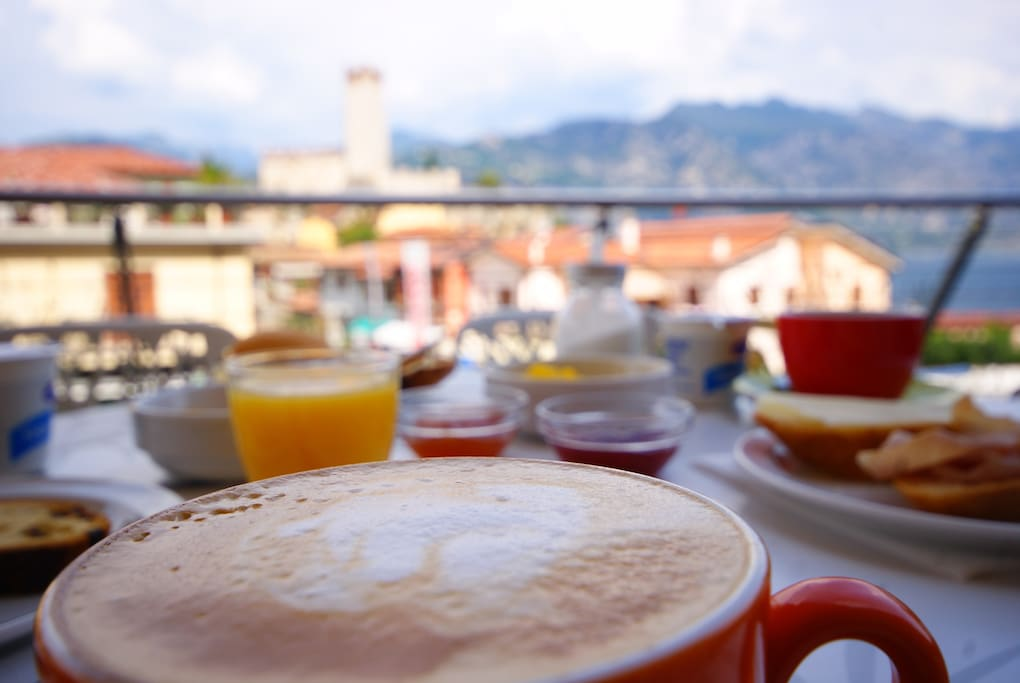 breakfast with castle and lake view
