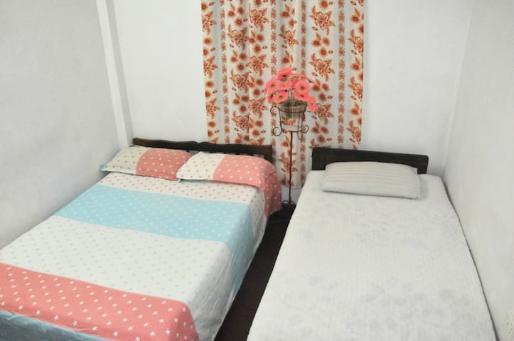Cozy Room between Airport & Colombo - Kelaniya - Casa