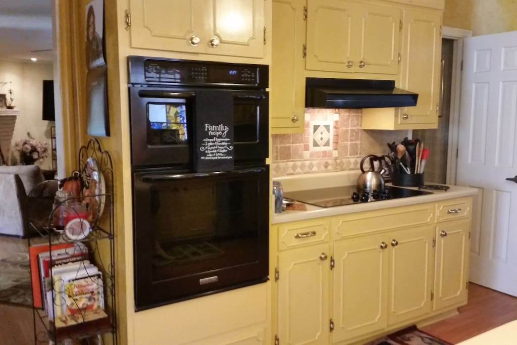 Microwave/Confectioners Oven/Glass top flat range