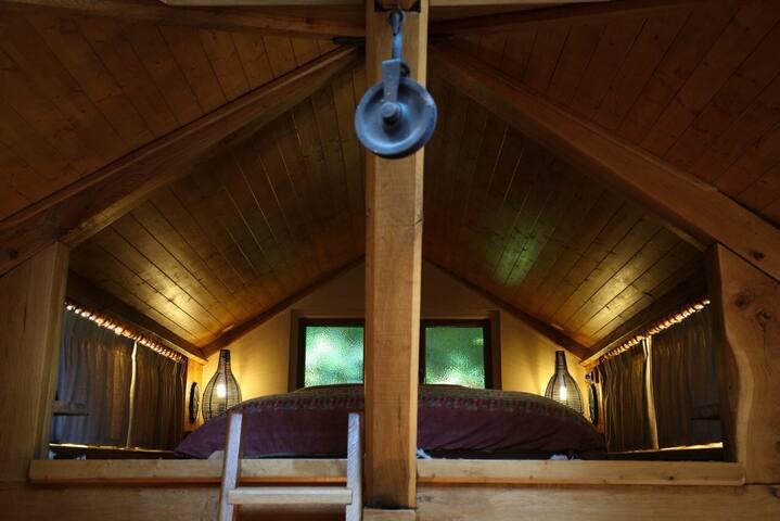 Mezzanine Bed Area