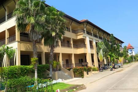 Khao Lak Mohin Tara Apartment - Tambon Khuekkhak