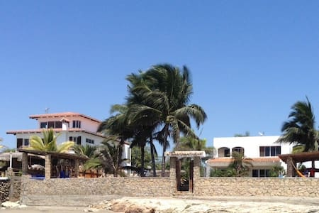 Beachfront villa in Punta Blanca