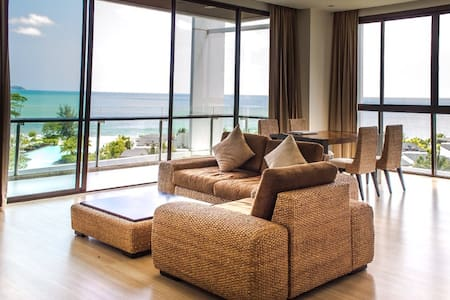 Seaview luxury condo in Rayong