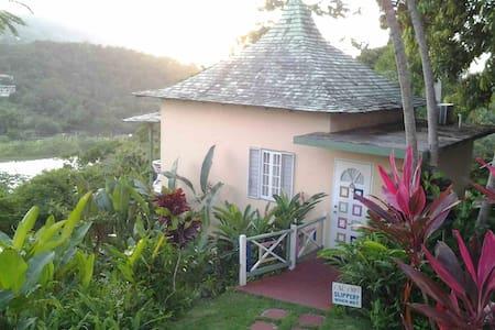 VILLA AMORE - Honeymoon, 1 Bedroom - Port Antonio