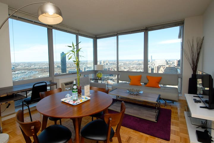 1 BR Suite with Fabulous  View!