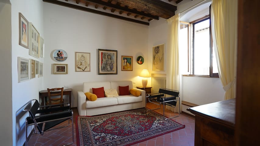 Tuscan Style Apt La Scala in Historical Center - San Gimignano - Leilighet