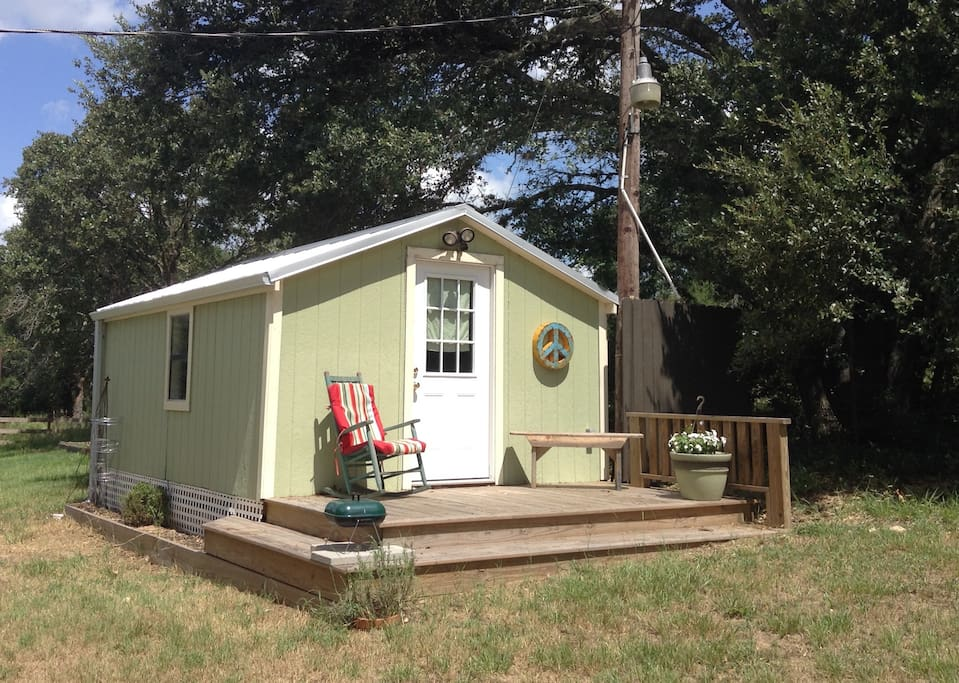 Cozy Texas Bluebonnet Country Cabin Guesthouses For Rent