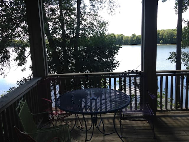Country bnb on St Mary's lake - Scottville - Szoba reggelivel