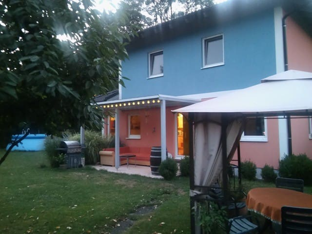 NICE ROOM IN NICE SUBURB OF VIENNA - Purkersdorf - House