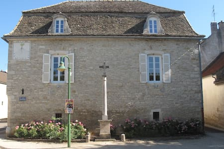 Le Cadran Solaire - Puligny-Montrachet