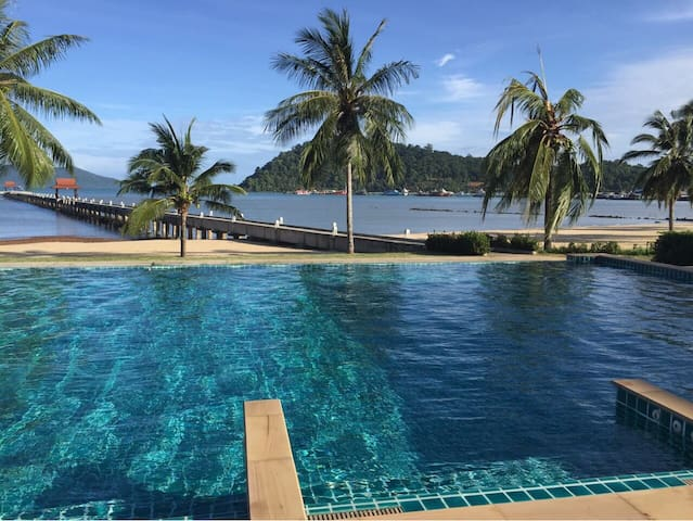 Tranquility With beach and pool :-) - Ko Chang - Leilighet
