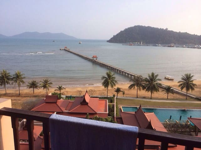Tranquility With beach and pool :-) - Ko Chang - Apartmen