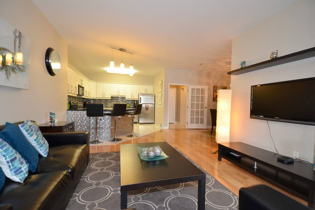 Entertainment area with Flat screen TV