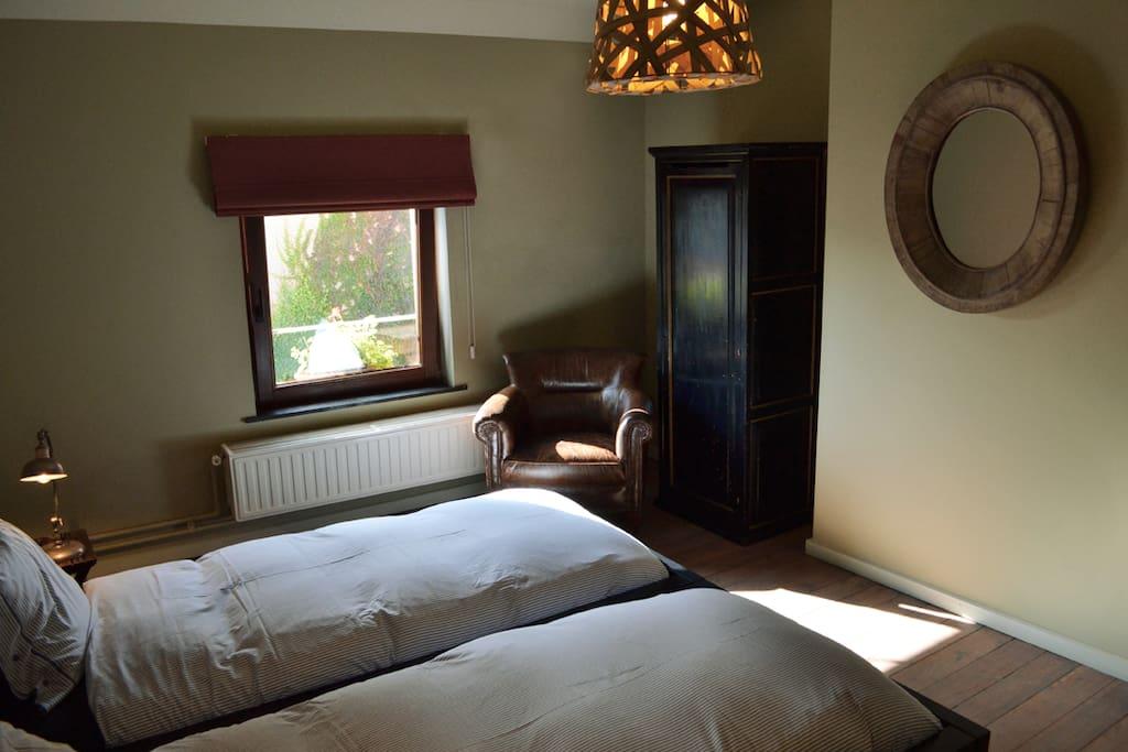 B b villa voltaire bruxelles chambres d 39 h tes louer for Chambre d hote belgique