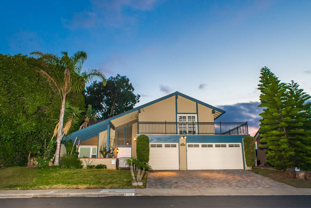 Beautiful Modern 5 Bedroom Pacific Beach Home Houses For Rent In San Diego California