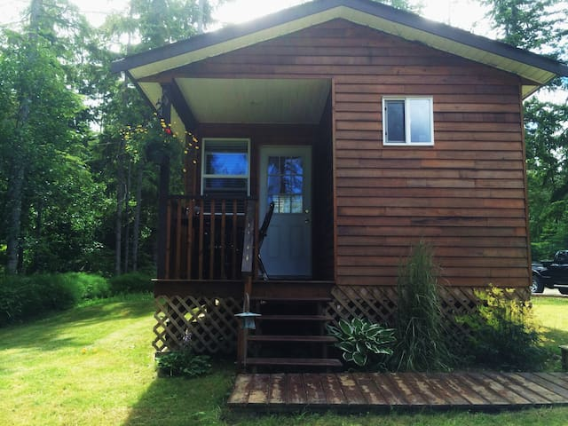 Country cottage on a hobby farm - Parksville - Cabane
