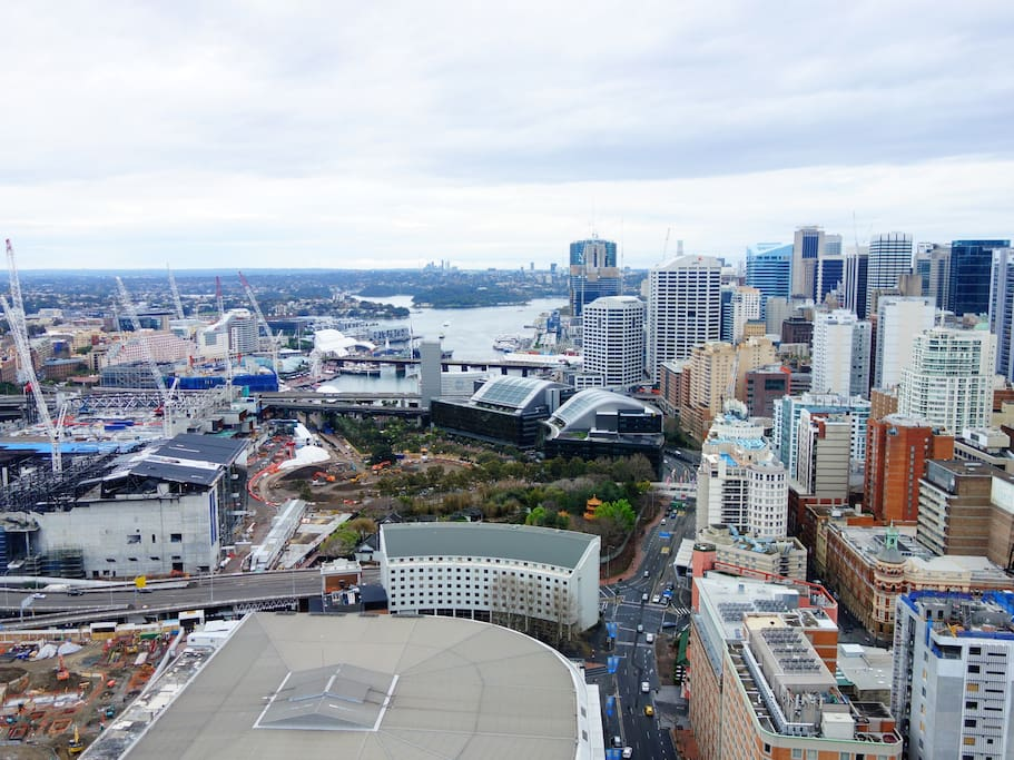 View from the balcony - Darling harbor side