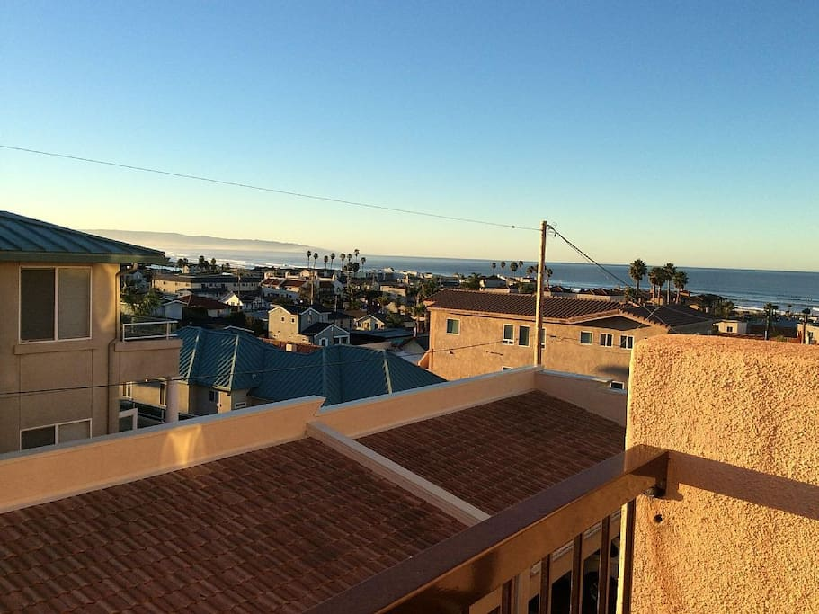 2 Blocks To Pier With Ocean Views Apartments For Rent
